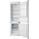 Вбудований холодильник з нижньою морозильною камерою Candy CKBBS 172 F; Зручна ручка для відкриття дверей, велика кількість полиць для їжі, і внутрішнє освітлення; зона свіжості