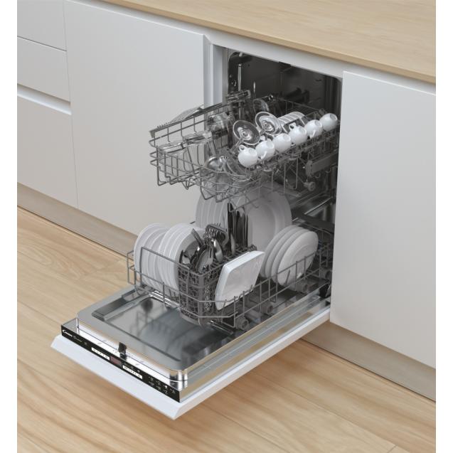 Посудомийна машина CANDY CDIH 1D952